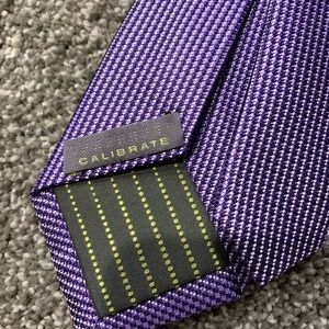 {CALIBRATE} Purple Men's Skinny Tie